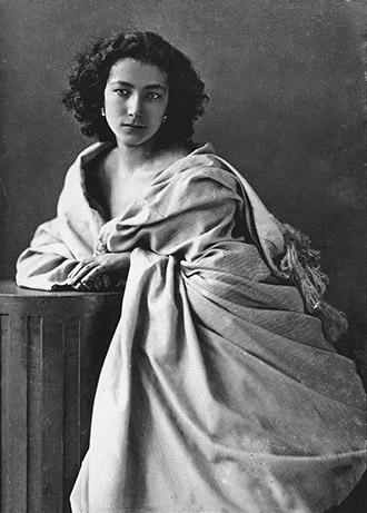 Nadar - Sarah Bernhardt